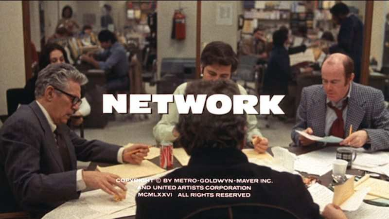 Network sinema filminden bir kare