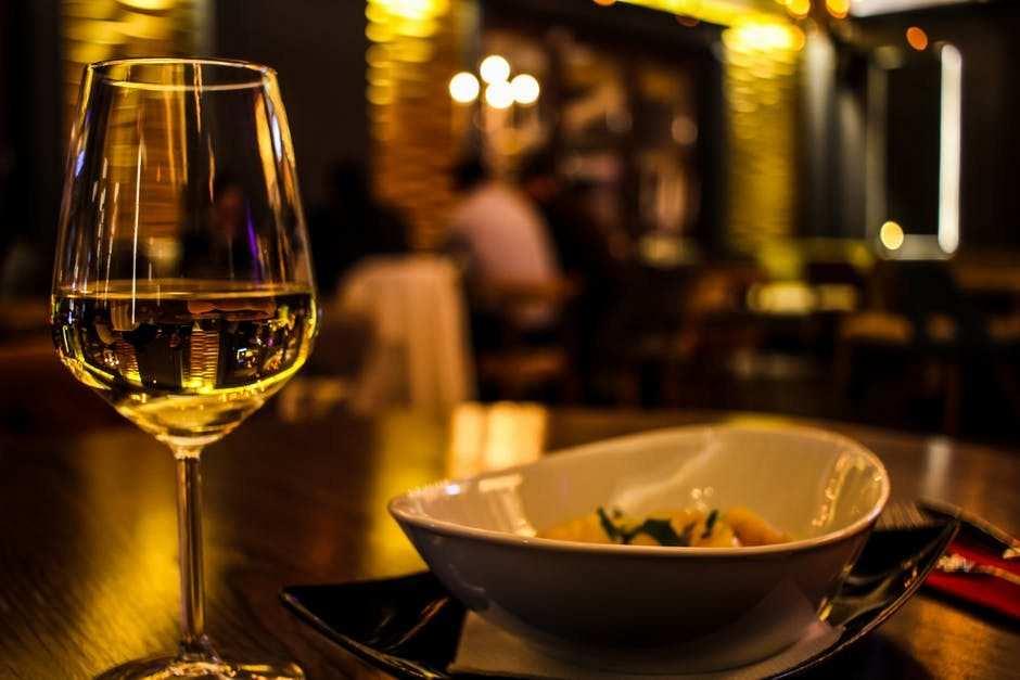 şarap ve çerez