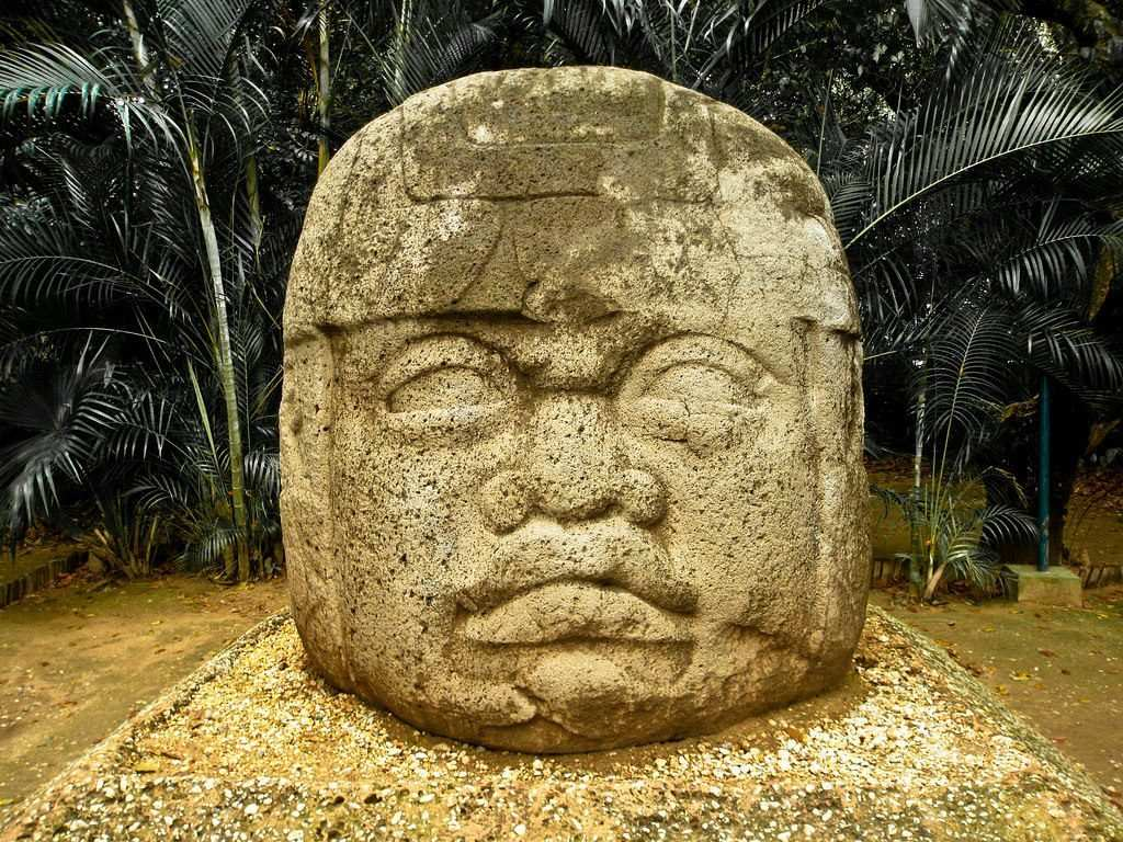 olmec heads mexico