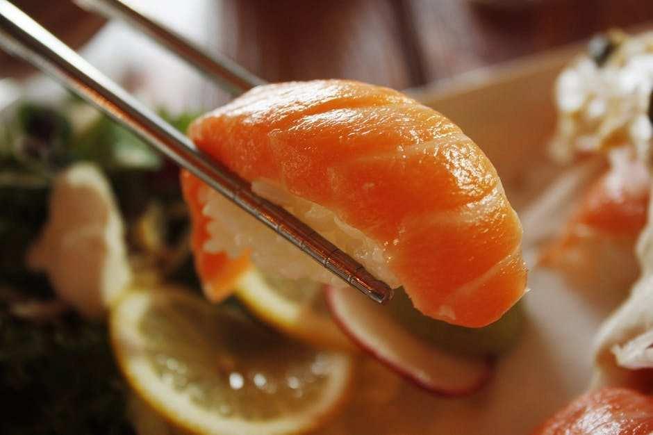 sashimi sushi