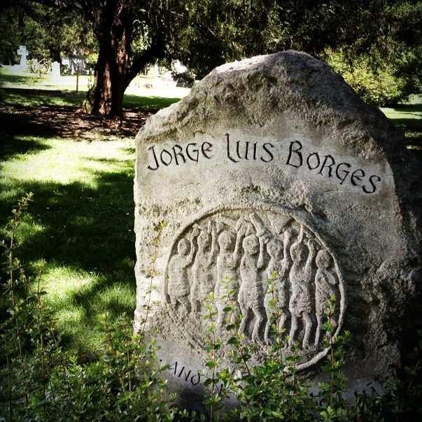 J. L. Borges mezar taşı