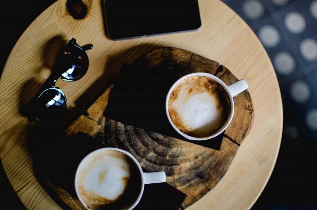 iki kahve fincanı