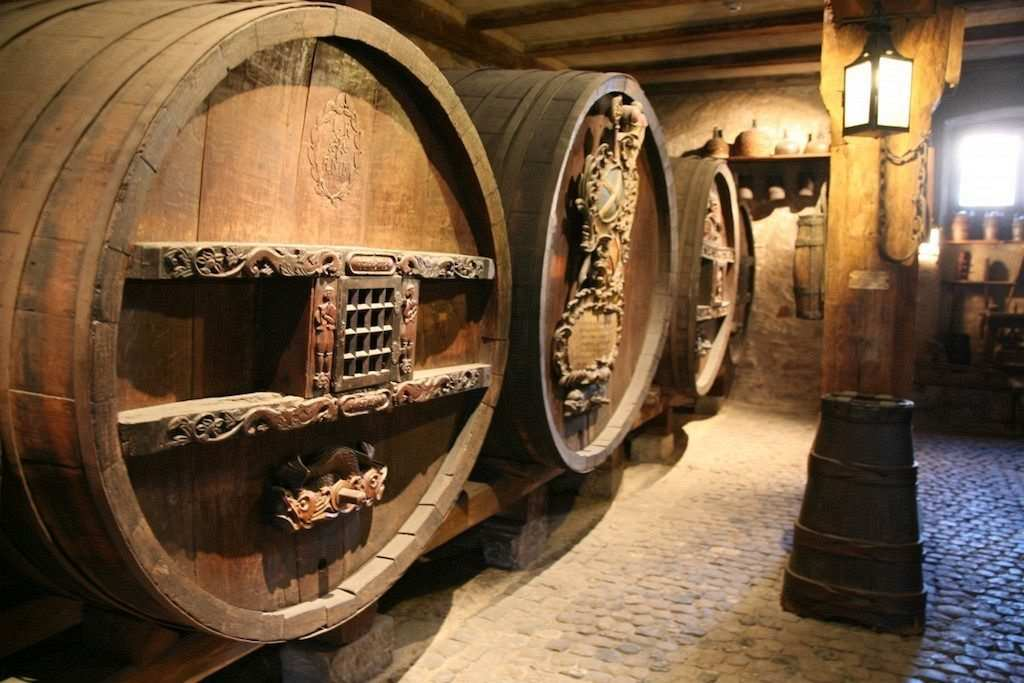 Madeira Şarabı fıçısı