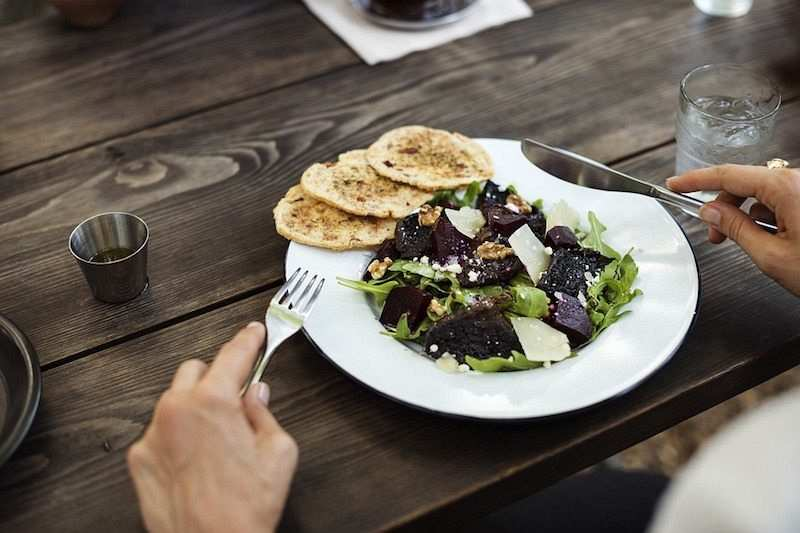 salata servis