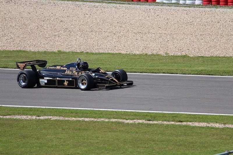 formula yarış arabası
