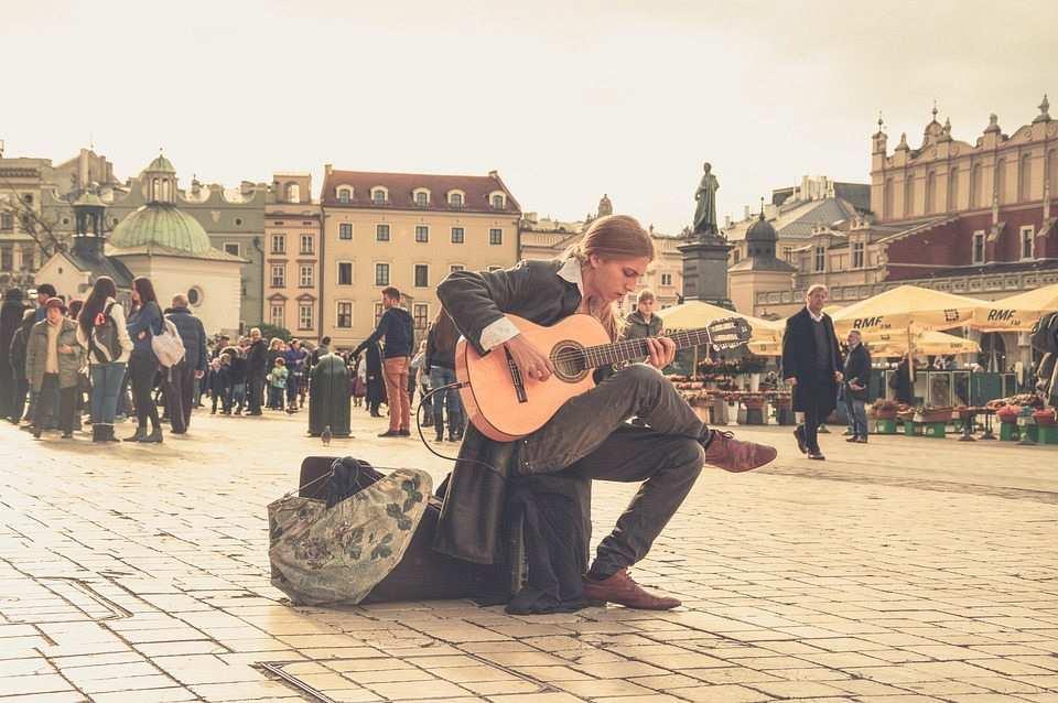 sokak sanatı sokak müziği