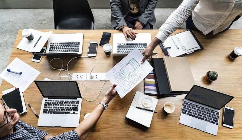 etkili fikirler iş birliği fikir geliştirmek fikir paylaşmak