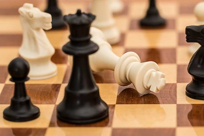 şah mat satranç tahtası satranç taşları