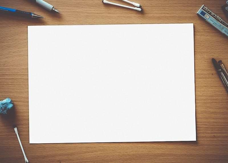 zihin haritası nasıl yapılır beyaz kağıt ve kalemler