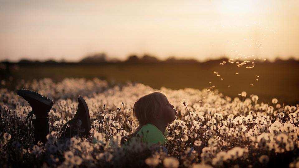 kendini kabul etmek kız çocuk çiçek tarhı