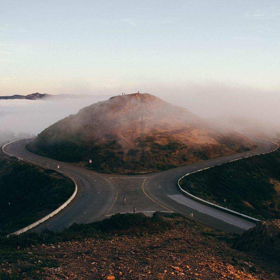 yol ayrımı tepe karar vermek