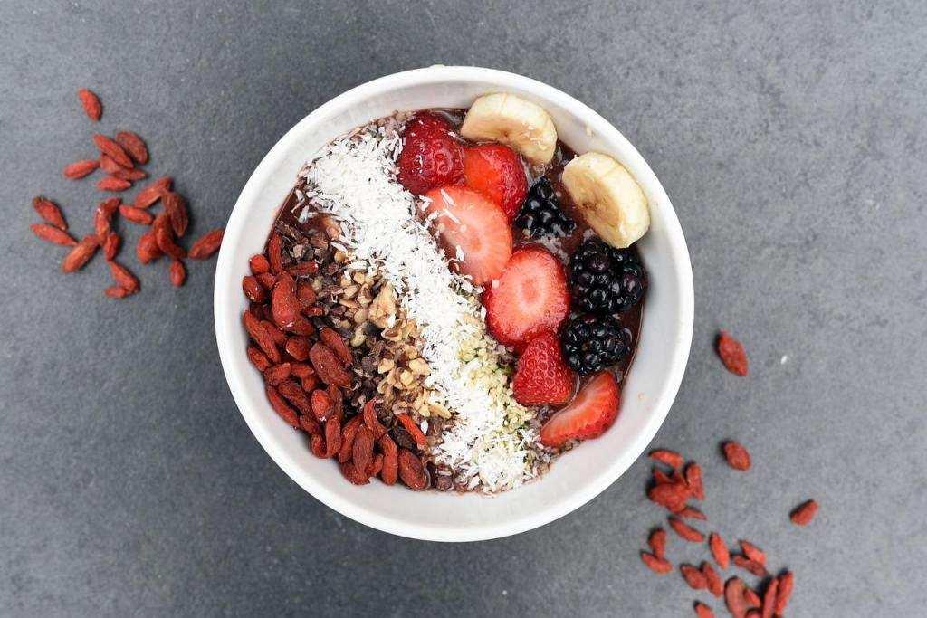daha mutlu olmak için beslenme misli meyve