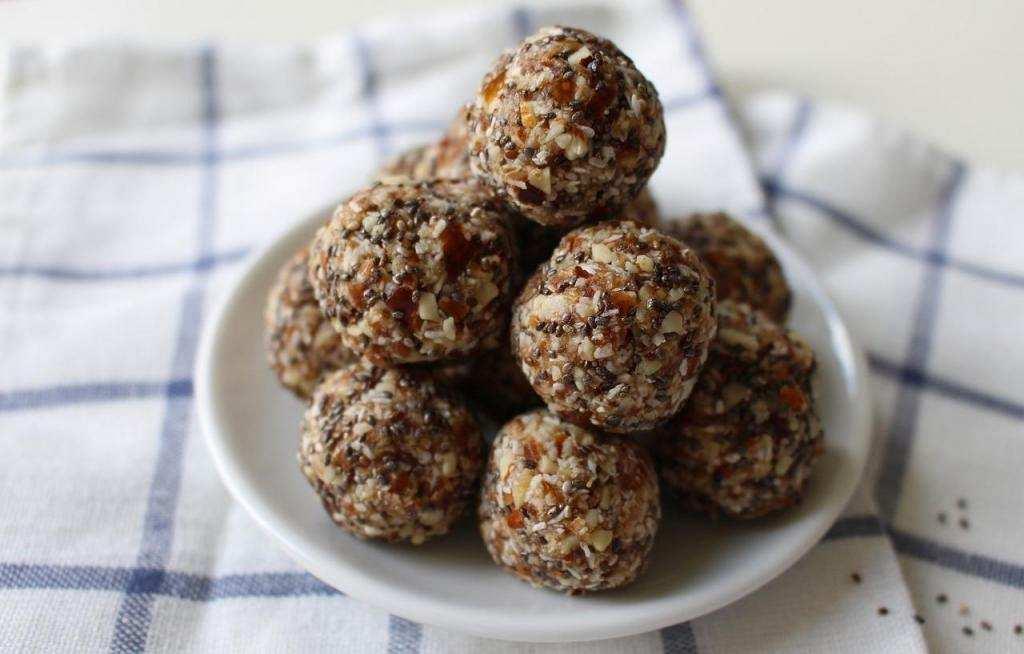 10 dakikada yapabileceğiniz 10 tatlı bisküvi topları