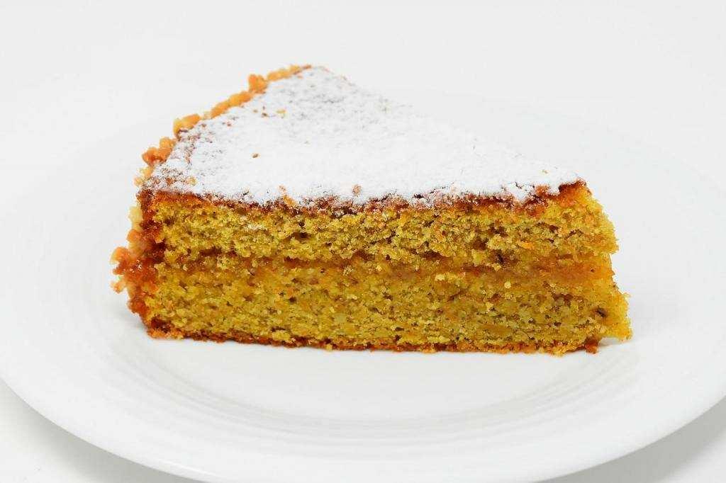 10 dakikada yapabileceğiniz 10 tatlı havuçlu kek