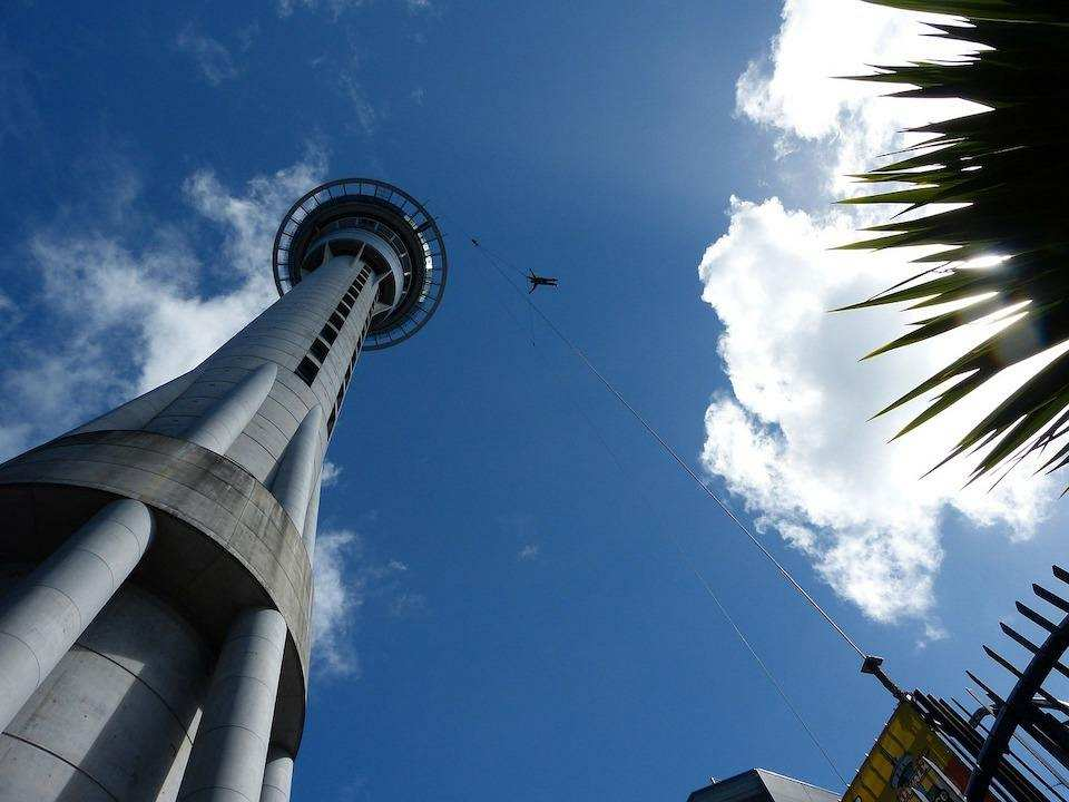 extreme sporlar bungee jumping