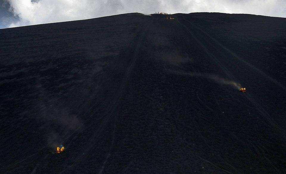 extreme sporlar volkan kayağı