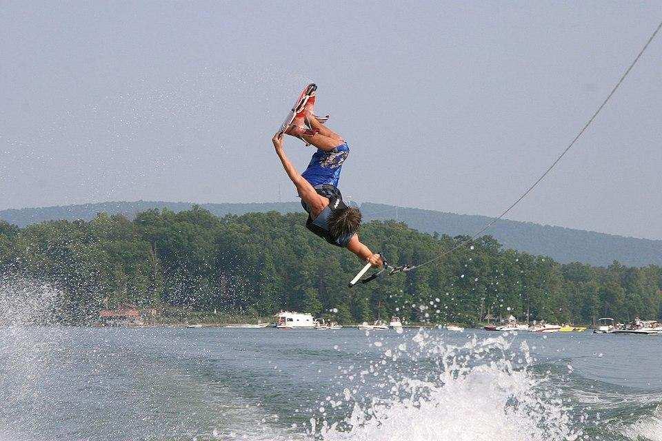 extreme sporlar wakeboarding