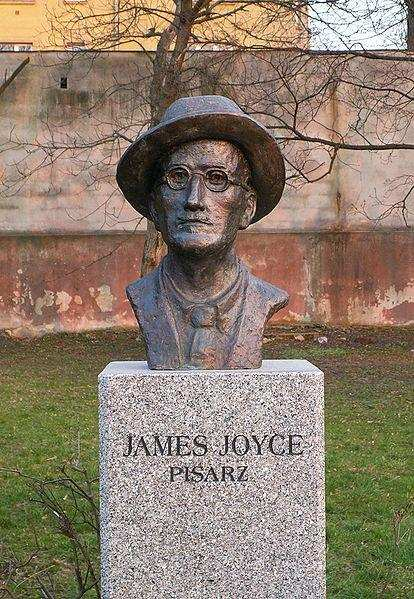 james joyce büst