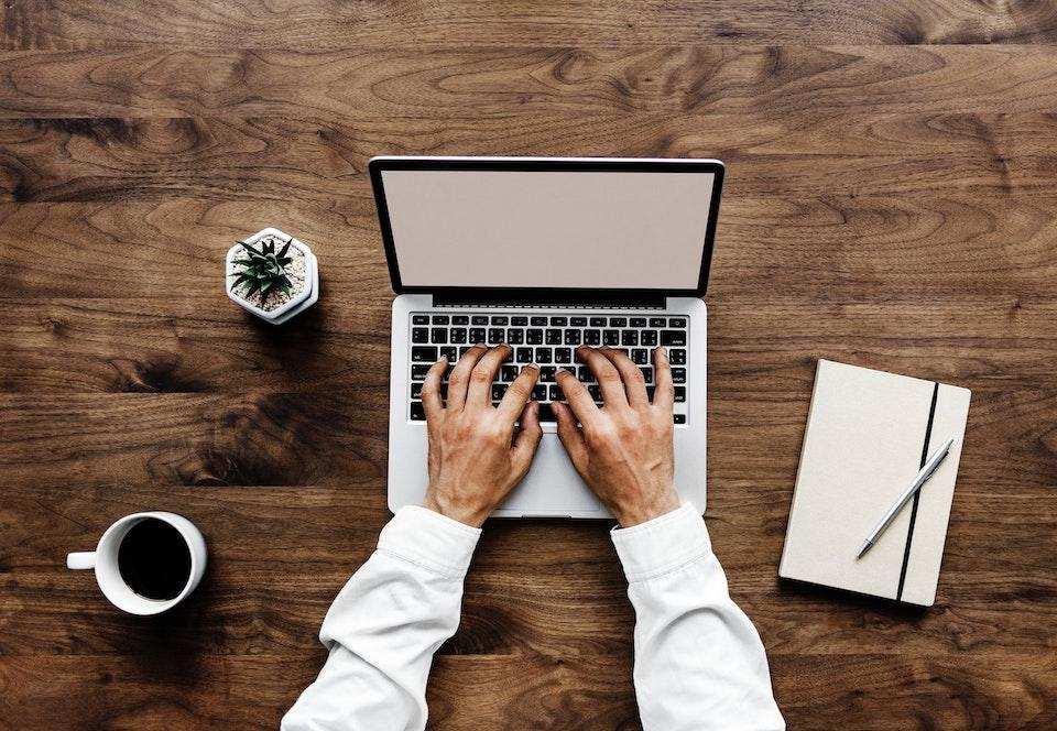 yazma becerisi nasıl geliştirilir laptop yazmak