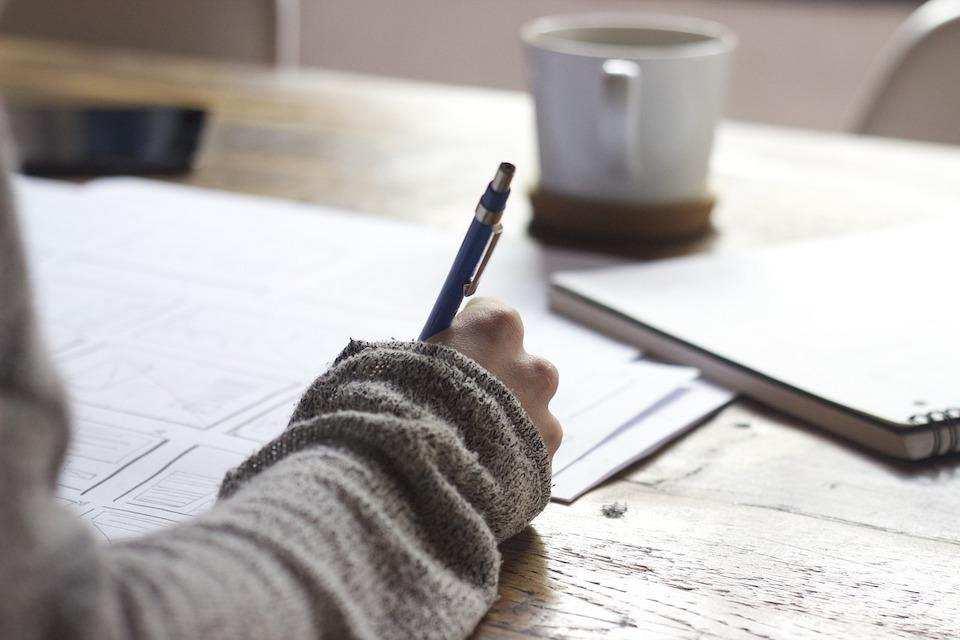 yazı yazmak kağıt kalem