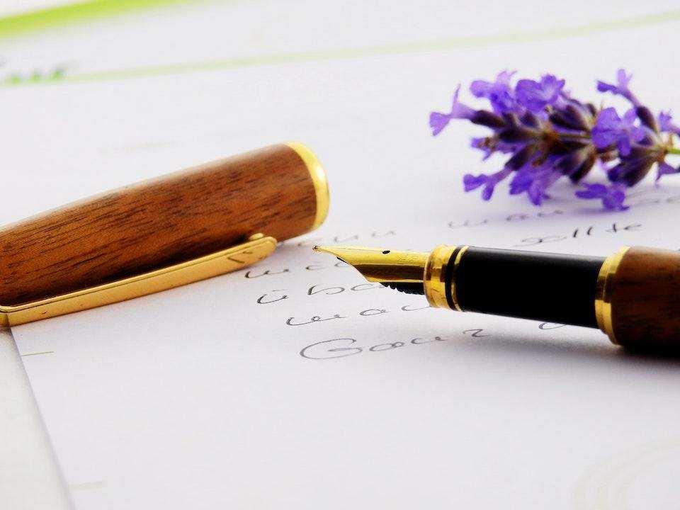 dolma kalem kağıt çiçek