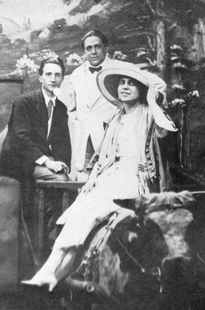 Marcel Duchamp, Francis Picabia ve Beatrice Wood, Broadway, 1917