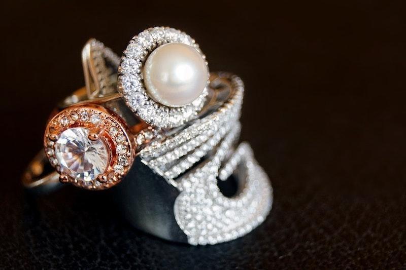 inci altın mücevher