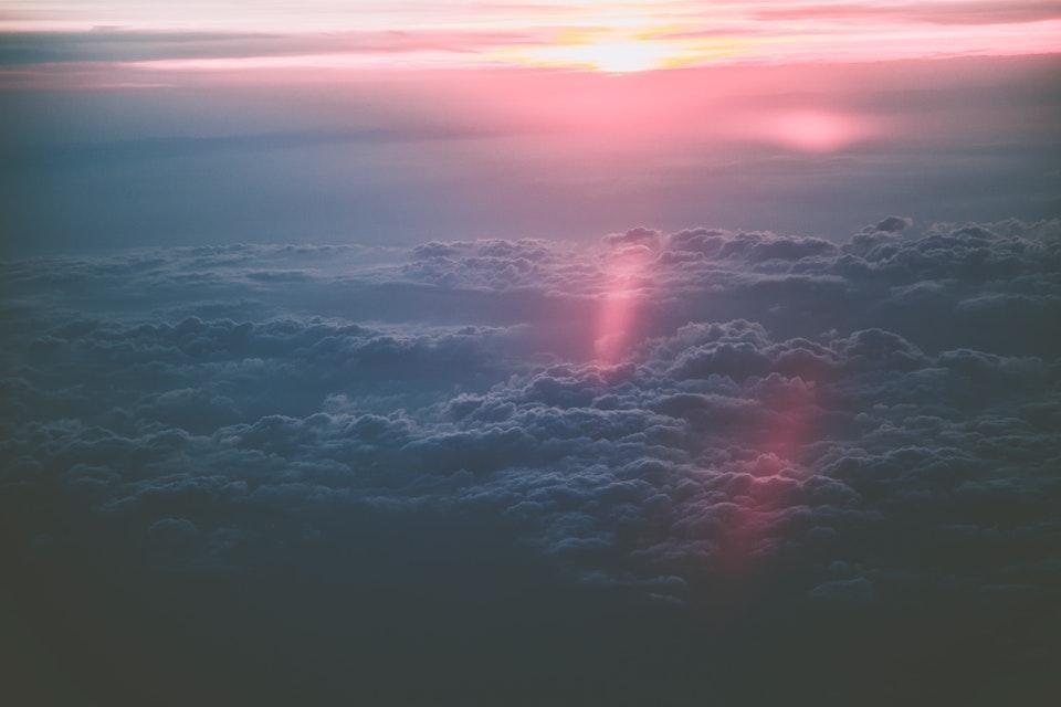 günbatımı gökyüzü bulutlar