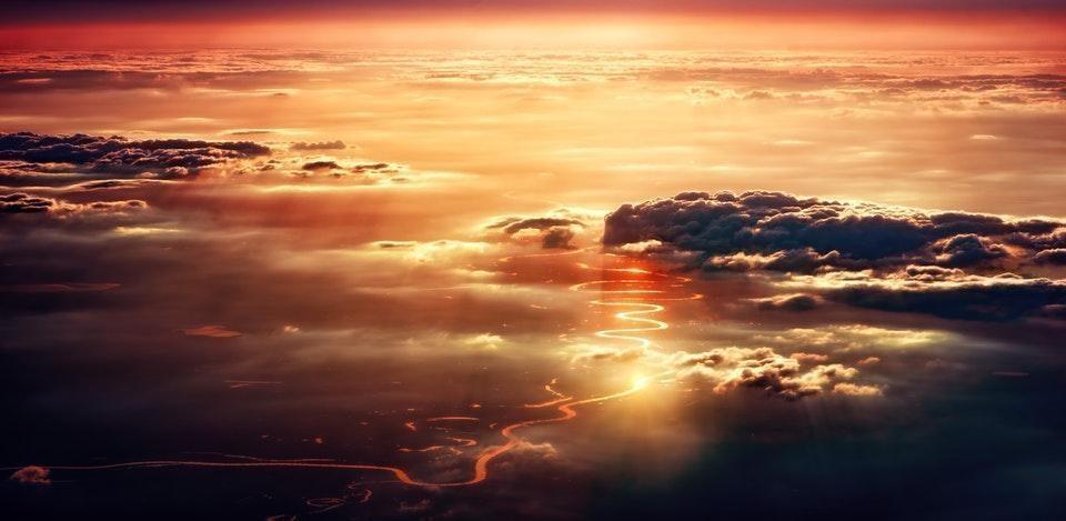 bulutlar günbatımı