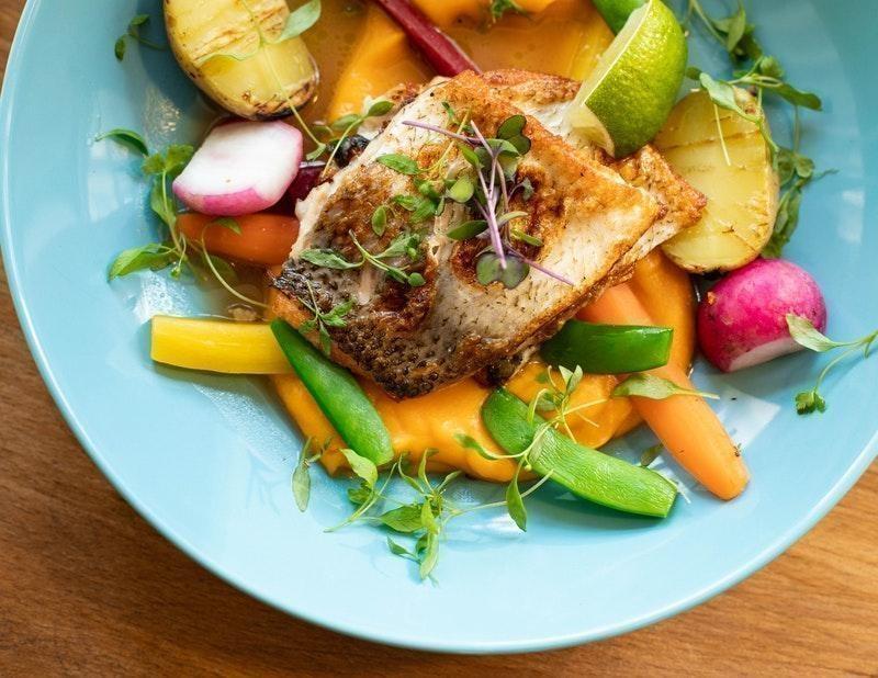 keto diyet balık salata