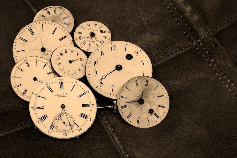 eski saatler zaman