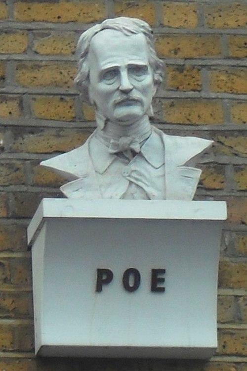 Edgar Allan Poe Büstü, London