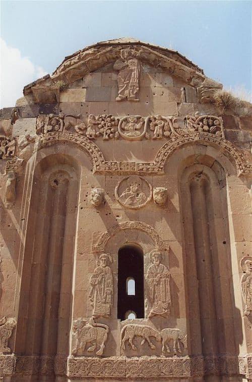 Akdamar Kilisesi duvar kabartmaları