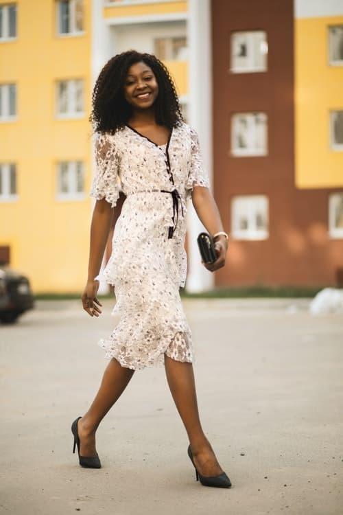 feminen stil moda