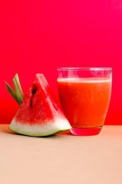 karpuzlu meyve suyu