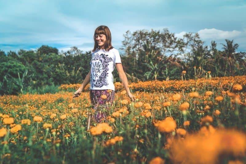 çiçek tarhı kadın huzur lykke