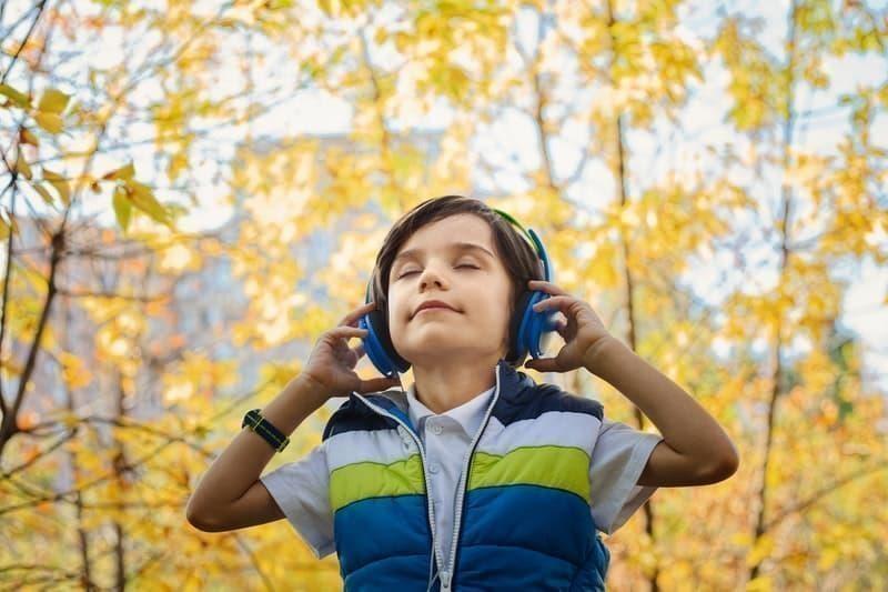 boy listening music