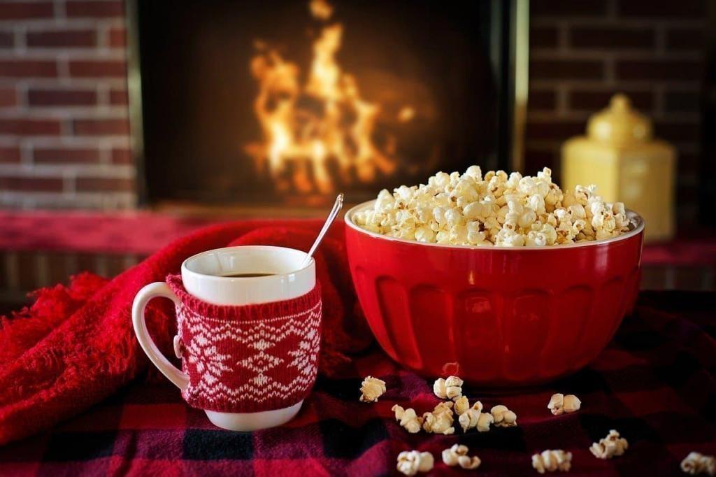 popcorn fireplace hygge