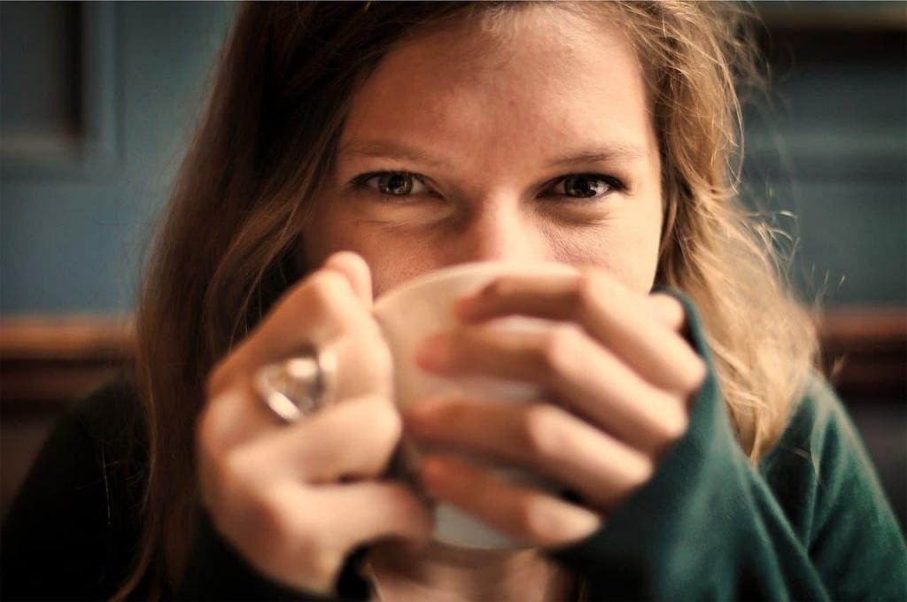 girl coffee