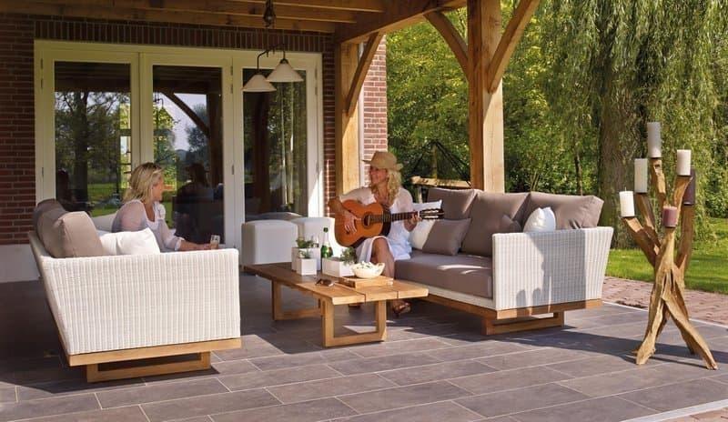 dünyanın mutluluk sırları kadın gitar bahçe