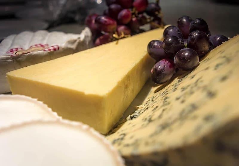 cheddar peynir üzüm