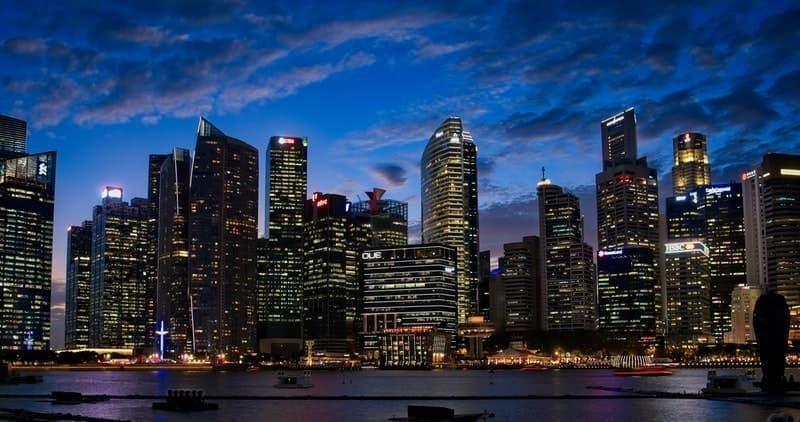 dünyanın en huzurlu ülkeleri singapur