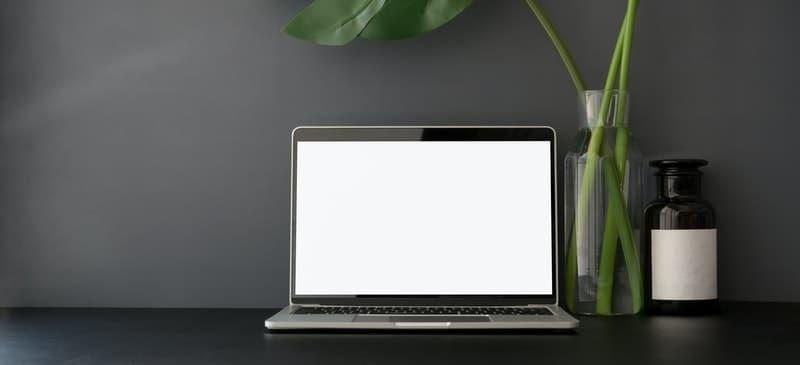 laptop simplicity design