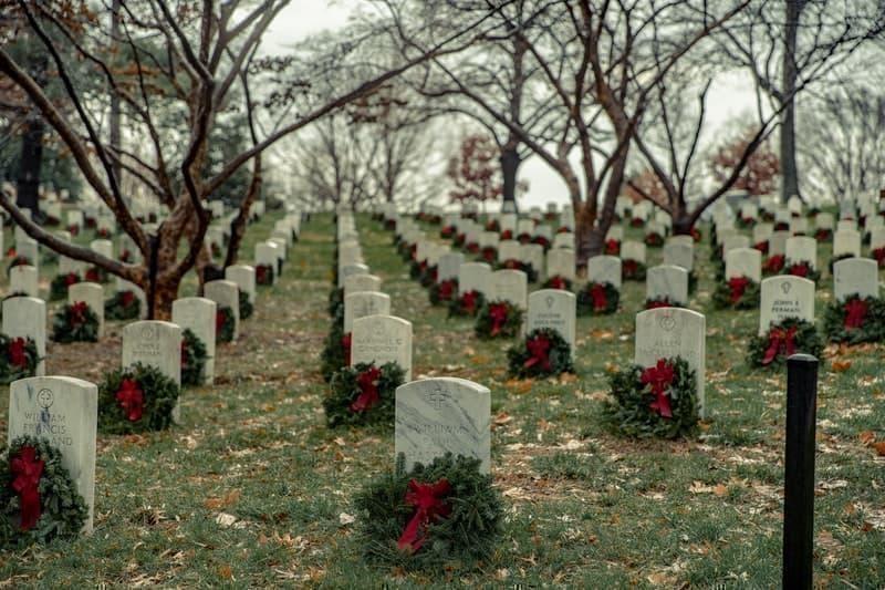 mezarlık anıt