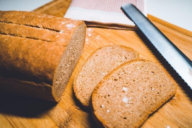 ekmek bıçağı mutfakta kullanılan bıçak çeşitleri