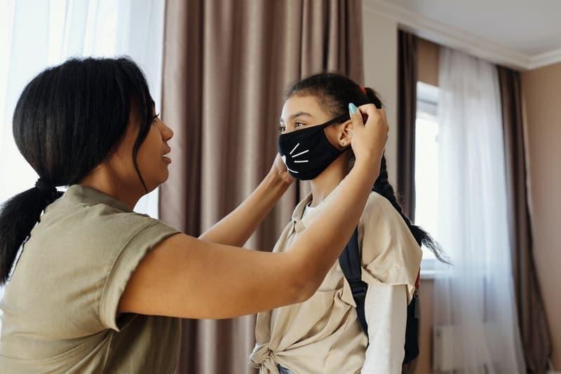 anne çocuk maske pandemi