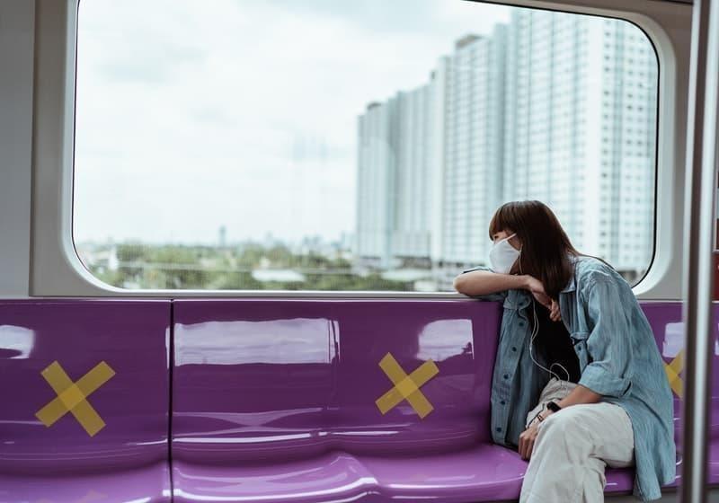 metro pandemi maske