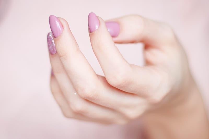 eller tırnaklar