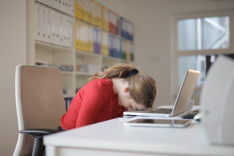 uyku iş yeri kadın