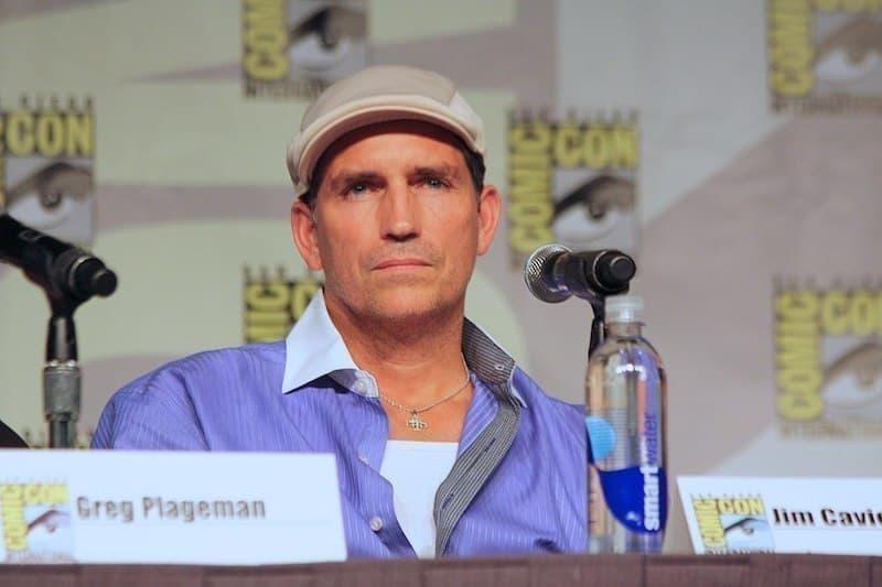 Jim Caviezel (John Reese)